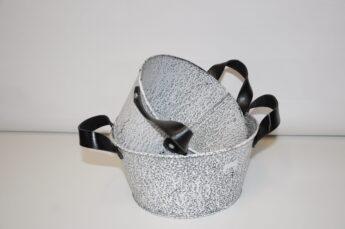 Metalinis-dubuo-su-odinėmis-rankenomis-S